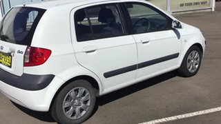 2007 Hyundai Getz TB MY06 White 5 Speed Manual Hatchback.