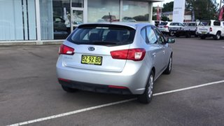 2011 Kia Cerato TD MY12 SI Silver 6 Speed Sports Automatic Hatchback.