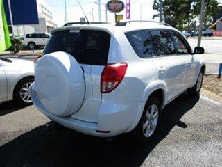 2007 Toyota RAV4 CRUISER AWD White 5 Speed Manual Wagon.