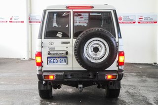 2012 Toyota Landcruiser VDJ76R MY13 Workmate French Vanilla 5 Speed Manual Wagon