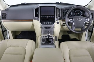 2016 Toyota Landcruiser VDJ200R MY16 VX (4x4) Pearl White 6 Speed Automatic Wagon