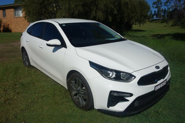 Used Kia Cerato BD MY19 Sport East Maitland, 2019 Kia Cerato BD MY19 Sport White 6 Speed Sports Automatic Hatchback