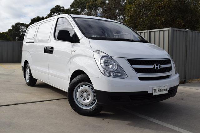 Used Hyundai iLOAD TQ2-V MY14 Crew Cab Echuca, 2014 Hyundai iLOAD TQ2-V MY14 Crew Cab White 5 Speed Automatic Van