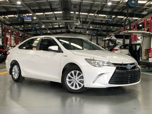 Pre-Owned Toyota Camry AVV50R MY16 Altise Hybrid Oakleigh, 2017 Toyota Camry AVV50R MY16 Altise Hybrid Diamond White Continuous Variable Sedan