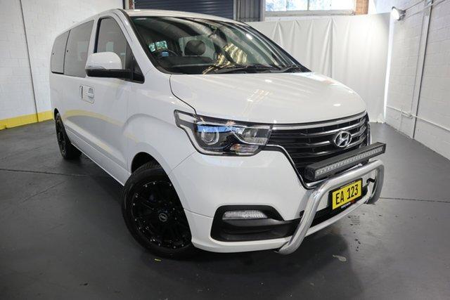 Used Hyundai iMAX TQ4 MY19 Active Castle Hill, 2019 Hyundai iMAX TQ4 MY19 Active White 5 Speed Automatic Wagon