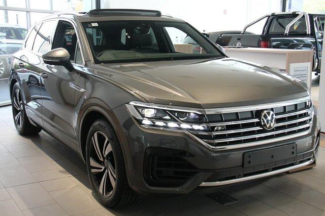 New Volkswagen Touareg CR MY21 210TDI Tiptronic 4MOTION R-Line Port Melbourne, 2021 Volkswagen Touareg CR MY21 210TDI Tiptronic 4MOTION R-Line Grey 8 Speed Sports Automatic Wagon