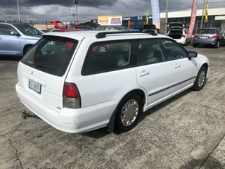 2003 Mitsubishi Magna TL VR White 5 Speed Sports Automatic Wagon.