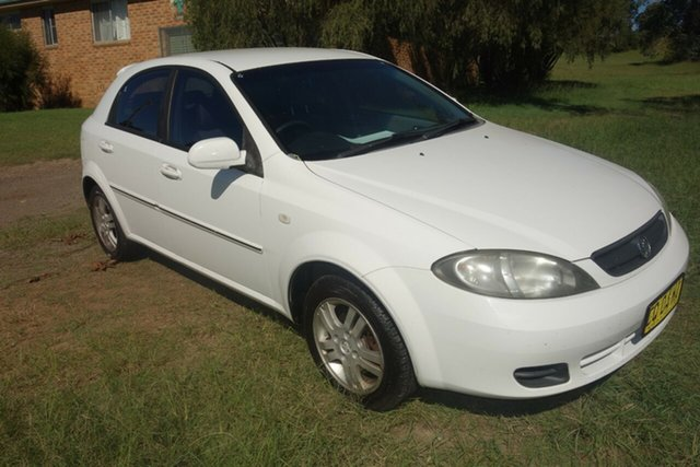 Used Holden Viva JF East Maitland, 2006 Holden Viva JF White 4 Speed Automatic Hatchback