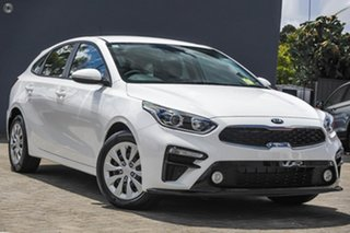 2020 Kia Cerato BD MY21 S White 6 Speed Manual Hatchback.
