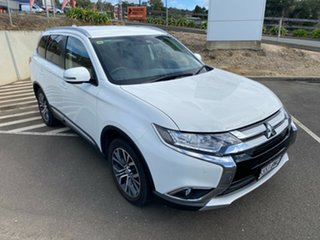 2016 Mitsubishi Outlander ZK MY17 LS 2WD Safety Pack White 6 Speed Constant Variable Wagon.