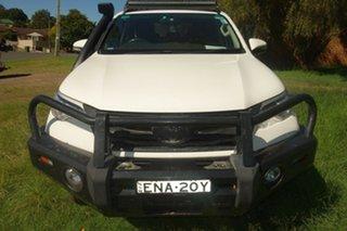 2016 Toyota Fortuner GUN156R GX White 6 Speed Manual Wagon.
