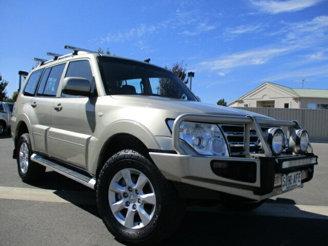 Used Mitsubishi Pajero NT MY09 GLS Murray Bridge, 2009 Mitsubishi Pajero NT MY09 GLS Gold 5 Speed Sports Automatic Wagon
