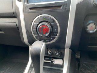 2016 Isuzu D-MAX MY15.5 LS-Terrain Crew Cab White 5 Speed Sports Automatic Utility
