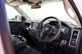 1500 Express 5.7L V8 Petrol Crew Cab 4x4 5'7 Tub