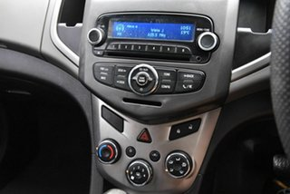 2014 Holden Barina TM MY14 CD Blue 6 Speed Automatic Hatchback