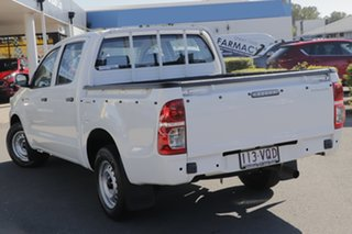 2015 Toyota Hilux TGN16R MY14 Workmate Double Cab 4x2 Glacier White 4 Speed Automatic Utility.