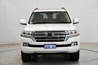 2019 Toyota Landcruiser VDJ200R Sahara Pearl White 6 Speed Sports Automatic Wagon.