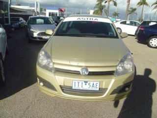 2004 Holden Astra AH CD Gold 5 Speed Manual Hatchback.