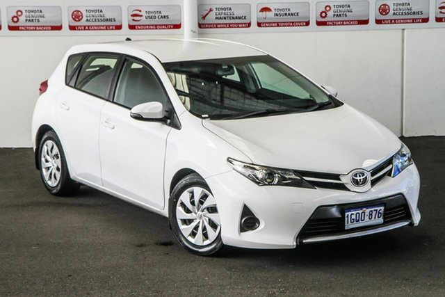 Pre-Owned Toyota Corolla ZRE182R Ascent Rockingham, 2014 Toyota Corolla ZRE182R Ascent Glacier White 7 Speed CVT Auto Sequential Hatchback