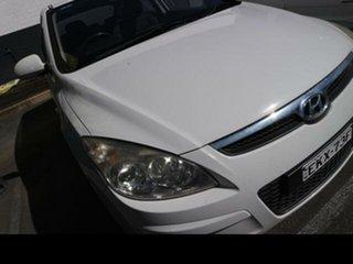 2009 Hyundai i30 FD MY10 SX 1.6 CRDi White 5 Speed Manual Hatchback