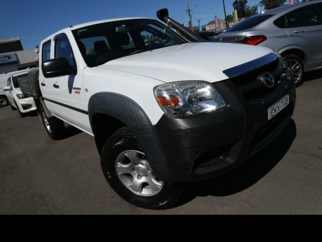 Used Mazda BT-50 08 Upgrade B3000 DX (4x4) Kingswood, 2009 Mazda BT-50 08 Upgrade B3000 DX (4x4) White 5 Speed Manual Dual Cab Chassis