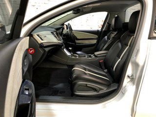 2014 Holden Ute VF MY14 SS V Ute Redline White 6 Speed Sports Automatic Utility