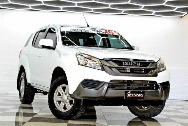 Used Isuzu MU-X UC MY15.5 LS-M (4x4) Burleigh Heads, 2016 Isuzu MU-X UC MY15.5 LS-M (4x4) White 5 Speed Automatic Wagon