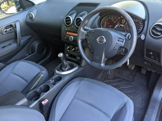 2010 Nissan Dualis J10 MY2009 ST Hatch Purple 6 Speed Manual Hatchback
