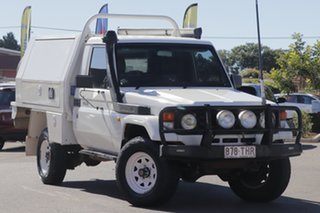 2006 Toyota Landcruiser HZJ79R White 5 Speed Manual Cab Chassis.
