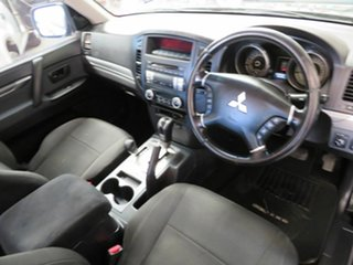 2009 Mitsubishi Pajero NT GLS LWB (4x4) Black 5 Speed Auto Sports Mode Wagon