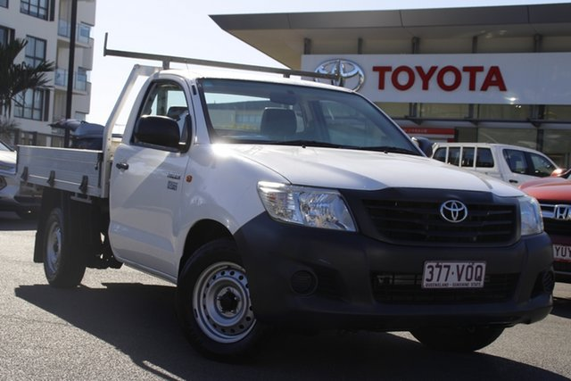 Pre-Owned Toyota Hilux TGN16R MY14 Workmate 4x2 Upper Mount Gravatt, 2014 Toyota Hilux TGN16R MY14 Workmate 4x2 White 5 Speed Manual Cab Chassis