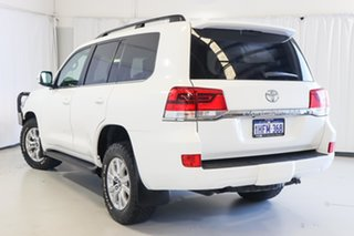 2017 Toyota Landcruiser VDJ200R VX White 6 Speed Sports Automatic Wagon.