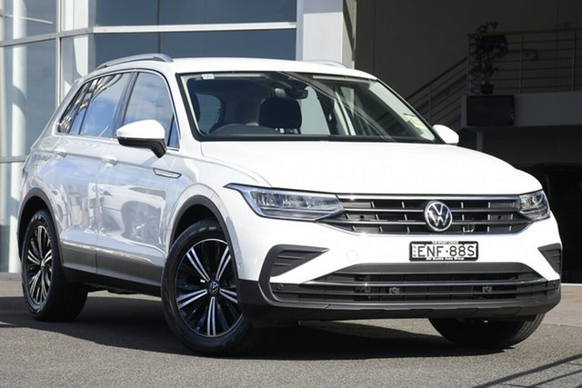 Demo Volkswagen Tiguan 5N MY21 110TSI Life DSG 2WD Brookvale, 2021 Volkswagen Tiguan 5N MY21 110TSI Life DSG 2WD Pure White 6 Speed Sports Automatic Dual Clutch