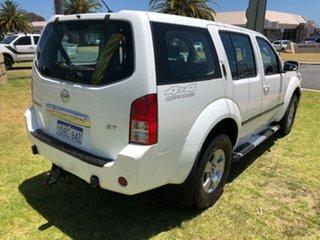 2006 Nissan Pathfinder R51 ST White 6 Speed Manual Wagon.