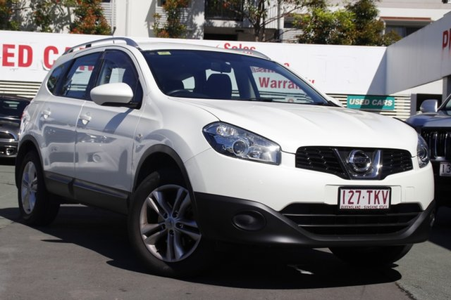 Used Nissan Dualis J107 Series 3 MY12 +2 Hatch X-tronic 2WD ST Mount Gravatt, 2013 Nissan Dualis J107 Series 3 MY12 +2 Hatch X-tronic 2WD ST White 6 Speed Constant Variable