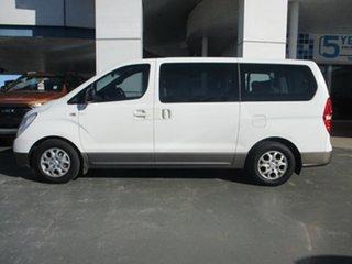 2009 Hyundai iMAX TQ White 5 Speed Automatic Wagon.