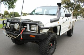 2000 Toyota Hilux LN172R Xtra Cab White 5 Speed Manual Cab Chassis.