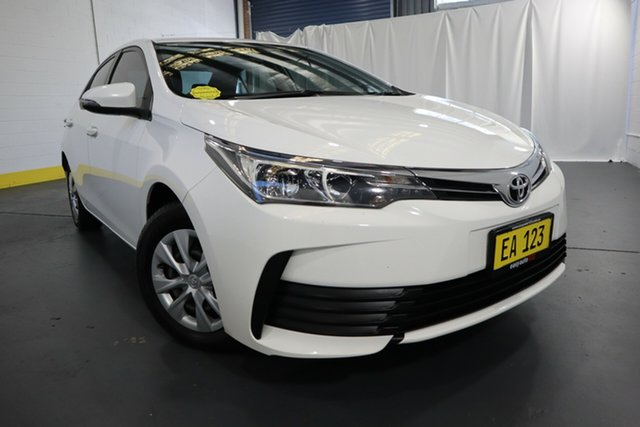Used Toyota Corolla ZRE172R Ascent S-CVT Castle Hill, 2017 Toyota Corolla ZRE172R Ascent S-CVT White 7 Speed Constant Variable Sedan