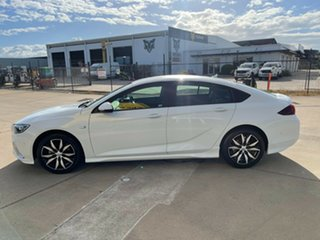 2018 Holden Commodore ZB MY18 RS Liftback White/160519 9 Speed Sports Automatic Liftback