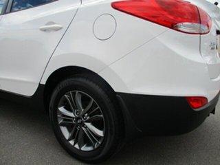 2014 Hyundai ix35 LM3 MY14 Trophy White 6 Speed Manual Wagon