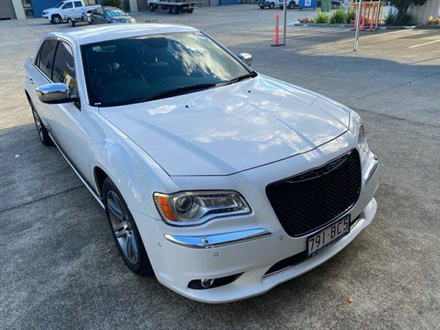 Used Chrysler 300 MY12 C Luxury Underwood, 2014 Chrysler 300 MY12 C Luxury White 8 Speed Automatic Sedan