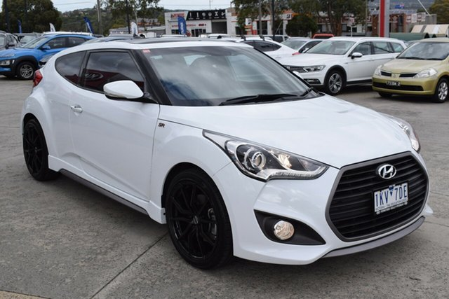 Used Hyundai Veloster FS5 Series II SR Coupe Turbo Ferntree Gully, 2017 Hyundai Veloster FS5 Series II SR Coupe Turbo White 6 Speed Manual Hatchback