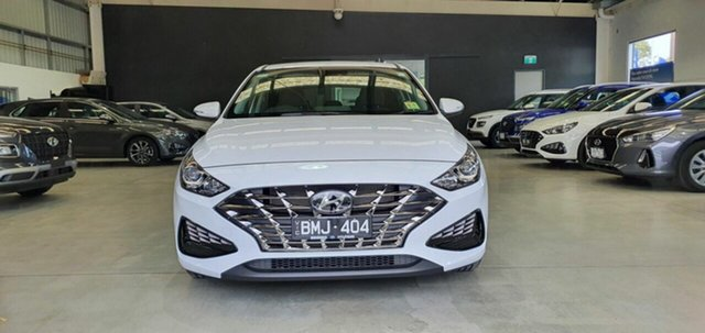 Demo Hyundai i30 PD.V4 MY21 Elite Epsom, 2020 Hyundai i30 PD.V4 MY21 Elite Waw - Polar White 6 Speed Sports Automatic Hatchback
