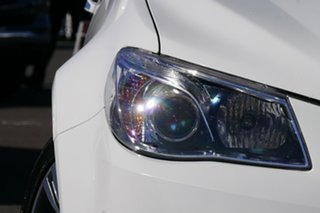 2015 Holden Calais VF II MY16 V Heron White 6 Speed Sports Automatic Sedan.