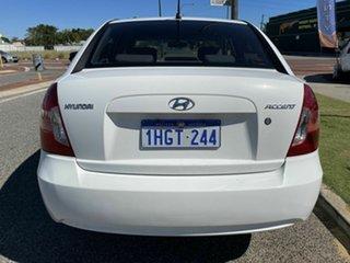 2006 Hyundai Accent MC 1.6 White 4 Speed Automatic Sedan