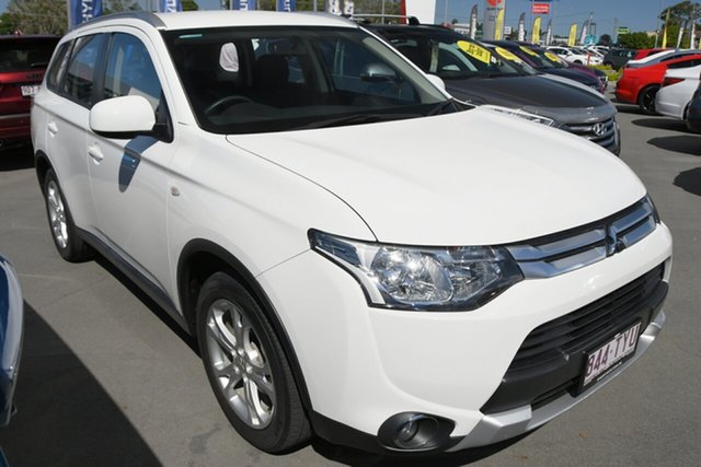 Used Mitsubishi Outlander ZJ MY14.5 ES 4WD Aspley, 2014 Mitsubishi Outlander ZJ MY14.5 ES 4WD White 6 Speed Constant Variable Wagon