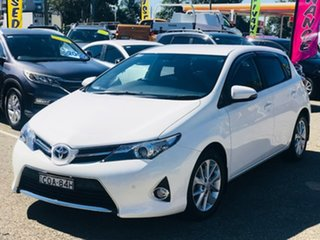 2013 Toyota Corolla ZRE182R Ascent Sport S-CVT White 7 Speed Constant Variable Hatchback.