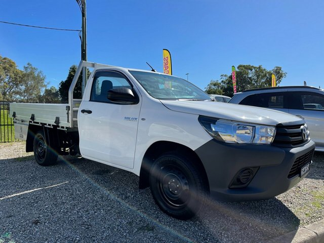 Used Toyota Hilux TGN121R Workmate 4x2 Glendale, 2016 Toyota Hilux TGN121R Workmate 4x2 White 5 Speed Manual Cab Chassis