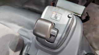 2014 Isuzu NQR450 White Cab Chassis 5.2l