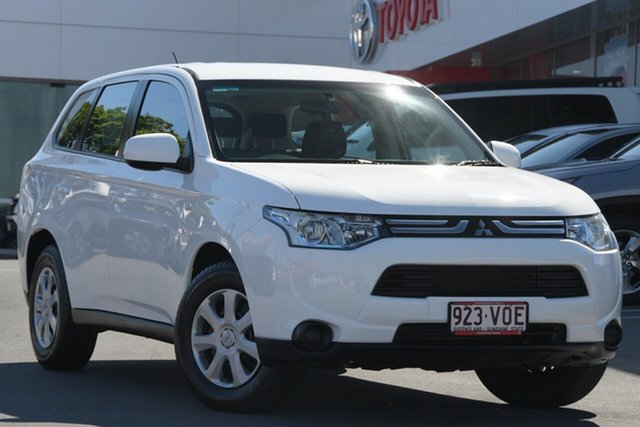 Pre-Owned Mitsubishi Outlander ZJ MY13 LS 2WD Woolloongabba, 2013 Mitsubishi Outlander ZJ MY13 LS 2WD White 6 Speed Constant Variable Wagon